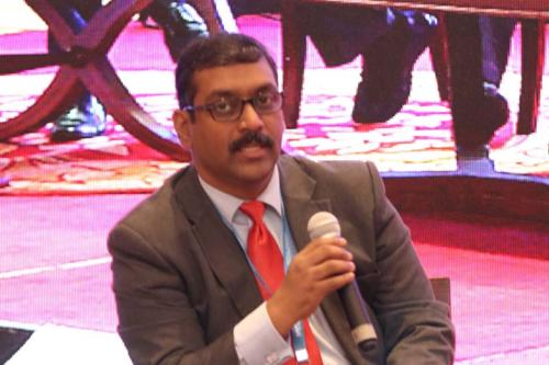 The Session is being moderated by Mr Badhri Iyengar, Managing Director, Smith & Nephew India at MTaI MedTekon 2018